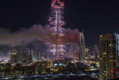 Dubai Burj Khalifa New Year 2016 fuegos artificiales Foto de archivo libre de regalías
