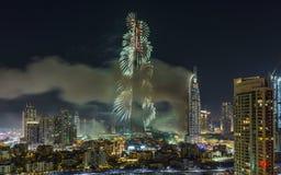 Dubai Burj Khalifa New Year 2016 fuegos artificiales Imagen de archivo libre de regalías