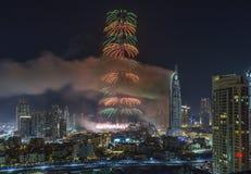 Dubai Burj Khalifa New Year 2016 fuegos artificiales Imágenes de archivo libres de regalías