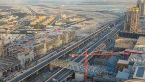 Dubai céntrico durante timelapse de la puesta del sol Visión superior desde arriba almacen de metraje de vídeo