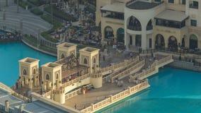 Dubai céntrico durante timelapse de la puesta del sol Visión superior desde arriba metrajes