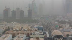 Dubai cityscape under sandstormtimelapse lager videofilmer