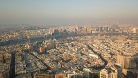 Dubai Creek, distritos de la oficina Dubai y Deira almacen de video