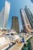 Dubai - 9 de agosto de 2014: Distrito do porto de Dubai sobre Foto de Stock