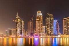 Dubai - 10 de janeiro de 2015: Distrito do porto sobre Foto de Stock