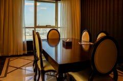 dubai En el verano de 2016 Decoración de mármol interior moderna y brillante en el hotel Ghaya magnífico Foto de archivo