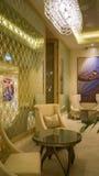 dubai En el verano de 2016 Interior moderno y brillante en el complejo playero magnífico de Habtoor del hotel Imagen de archivo