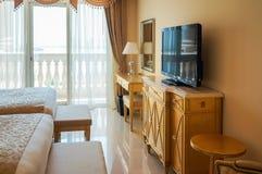 dubai En el verano de 2016 Interior moderno y brillante en el hotel Kempinski la palma, Jumeirah Fotografía de archivo