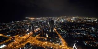 Dubai en la noche Imágenes de archivo libres de regalías