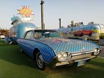 Dubai för sista utgång gammal bil fotografering för bildbyråer