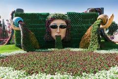 DUBAI FÖRENADE ARABEMIRATEN - DECEMBER 8, 2016: Den Dubai mirakelträdgården är den största naturliga blommaträdgården i världen Arkivfoton