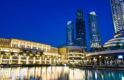 DUBAI FÖRENADE ARABEMIRATEN - FEBRUARI 5, 2018: Dubai galleriamoder Arkivfoto