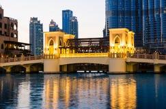 DUBAI FÖRENADE ARABEMIRATEN - FEBRUARI 5, 2018: Dubai galleriamoder Royaltyfria Bilder