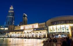 DUBAI FÖRENADE ARABEMIRATEN - FEBRUARI 5, 2018: Dubai galleriamoder Royaltyfri Fotografi