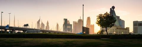 Dubai Förenade Arabemiraten, Februari 11, 2018: Dubai ny stad p Royaltyfria Foton