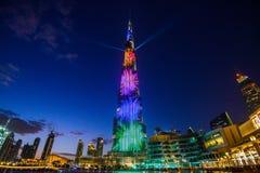DUBAI FÖRENADE ARABEMIRATEN - 05 Januari, 2018: Burj Khalifa torn Denna skyskrapa är den mest högväxta konstgjorda strukturen Arkivbild