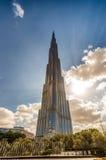 DUBAI FÖRENADE ARABEMIRATEN - NOVEMBER 22, 2015: Burj Khalifa till Arkivfoto
