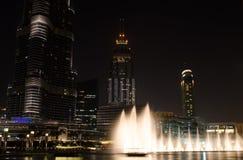 DUBAI FÖRENADE ARABEMIRATEN - 10 SEPTEMBER 2017: Dubai springbrunnar Arkivbild