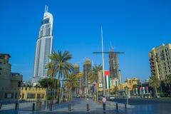 Dubai Förenade Arabemiraten, 15 11 2015 soliga dag i stads- stad, Royaltyfria Foton