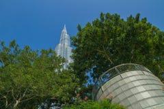 Dubai Förenade Arabemiraten, 15 11 2015 soliga dag i stads- stad, Arkivfoto