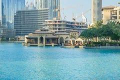 Dubai Förenade Arabemiraten, 15 11 2015 soliga dag i stads- stad, Arkivbilder