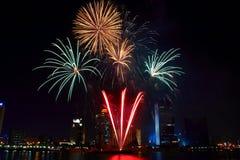 Dubai-Feuerwerke Stockfotografie