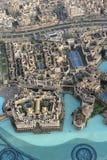 Dubai gesehen von Burj Khalifa Stockfotografie