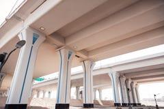 Dubai huvudvägbro Arkivbild