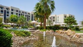 dubai Im Sommer von 2016 Oase des Hotels Park Hyatt Abu Dhabi auf dem Persischen Golf, Abu Dhabi Stockfotografie