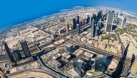 Dubai im Stadtzentrum gelegen. Ost, Vereinigte Arabische Emirate-Architektur. Von der Luft Lizenzfreie Stockfotografie