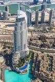 Dubai im Stadtzentrum gelegen. Ost, Vereinigte Arabische Emirate-Architektur. Von der Luft Lizenzfreie Stockfotos