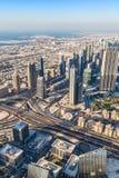 Dubai im Stadtzentrum gelegen. Ost, Vereinigte Arabische Emirate-Architektur. Von der Luft Stockbild
