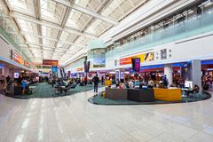 Dubai International Lotniskowy wn?trze, UAE fotografia royalty free