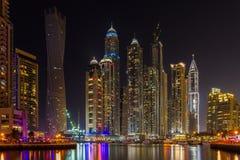 Dubai-Jachthafen nachts Stockfotografie