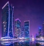 Dubai-Jachthafen und JLT Stockfotos
