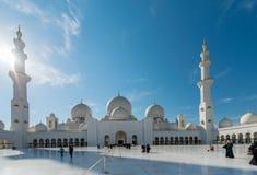 Dubai - 9. Januar 2015: Sheikh Zayed-Moschee an Lizenzfreie Stockbilder