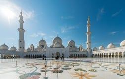 Dubai - JANUARY 9, 2015: Sheikh Zayed mosque on Stock Photography