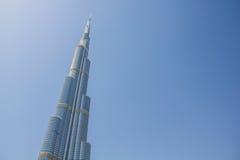 DUBAI 21. MÄRZ 2013: Turm Burj Khalifa genommen am 21. März 2013 in Dubai, Vereinigte Arabische Emirate Stockfotografie