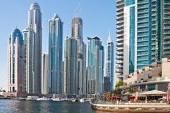 Dubai marina på Juni 4, 2013 i Dubai. Arkivbild