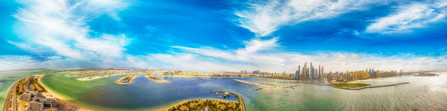 Dubai Marina skyline and Palm Jumeirah, UAE from the air Stock Photos