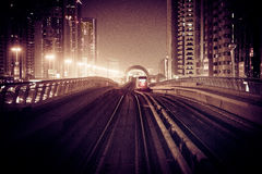 Dubai nachts Stockfotos