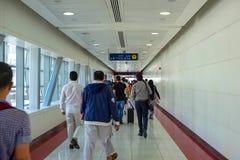 Dubai 2018, saída do metro fotografia de stock