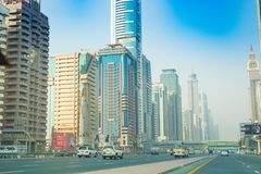 Dubai Sheikh Zayed Road - gatasikt 15 09 Tomasz Ganclerz 2017 Royaltyfria Foton