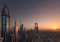 Dubai Shiekh Zayed Road Sunset Royaltyfri Foto