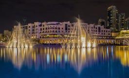Dubai springbrunn Fotografering för Bildbyråer