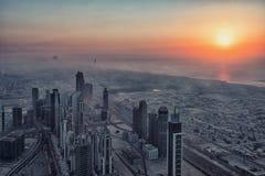 Dubai-Stadt bei Sonnenuntergang, UAE lizenzfreies stockbild