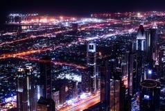 Dubai-Stadt nachts Stockbilder