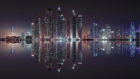 Dubai-Stadtreflexion stockbilder