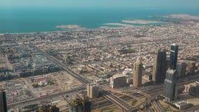 Dubai-Stadtzentrum und Persischer Golf, Vereinigte Arabische Emirate stock footage