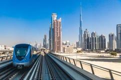 Dubai tunnelbanajärnväg Arkivfoto